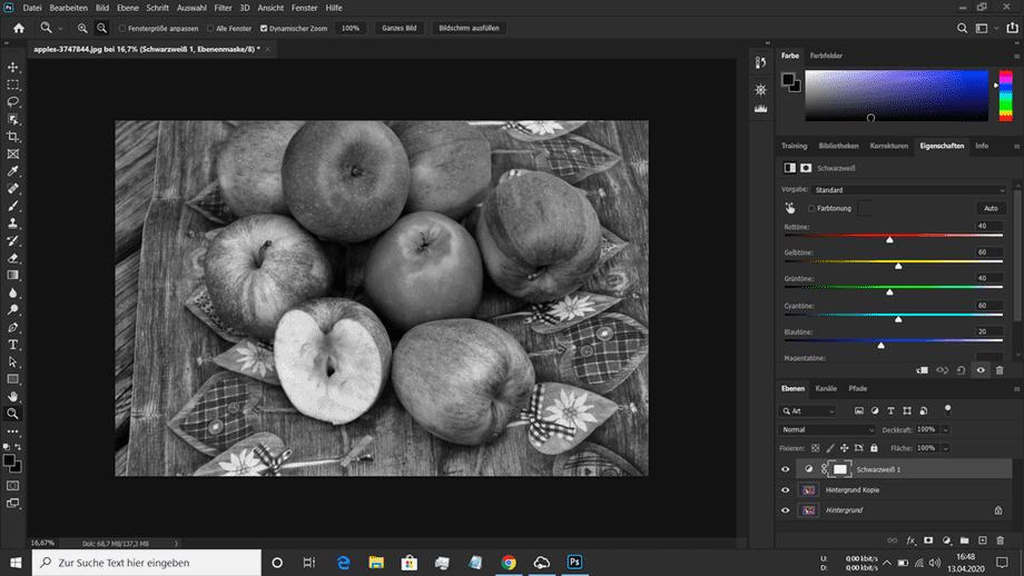 Teilkolorierung Korb mit Äpfeln in ein Schwarz Weiss Bild konvertiert