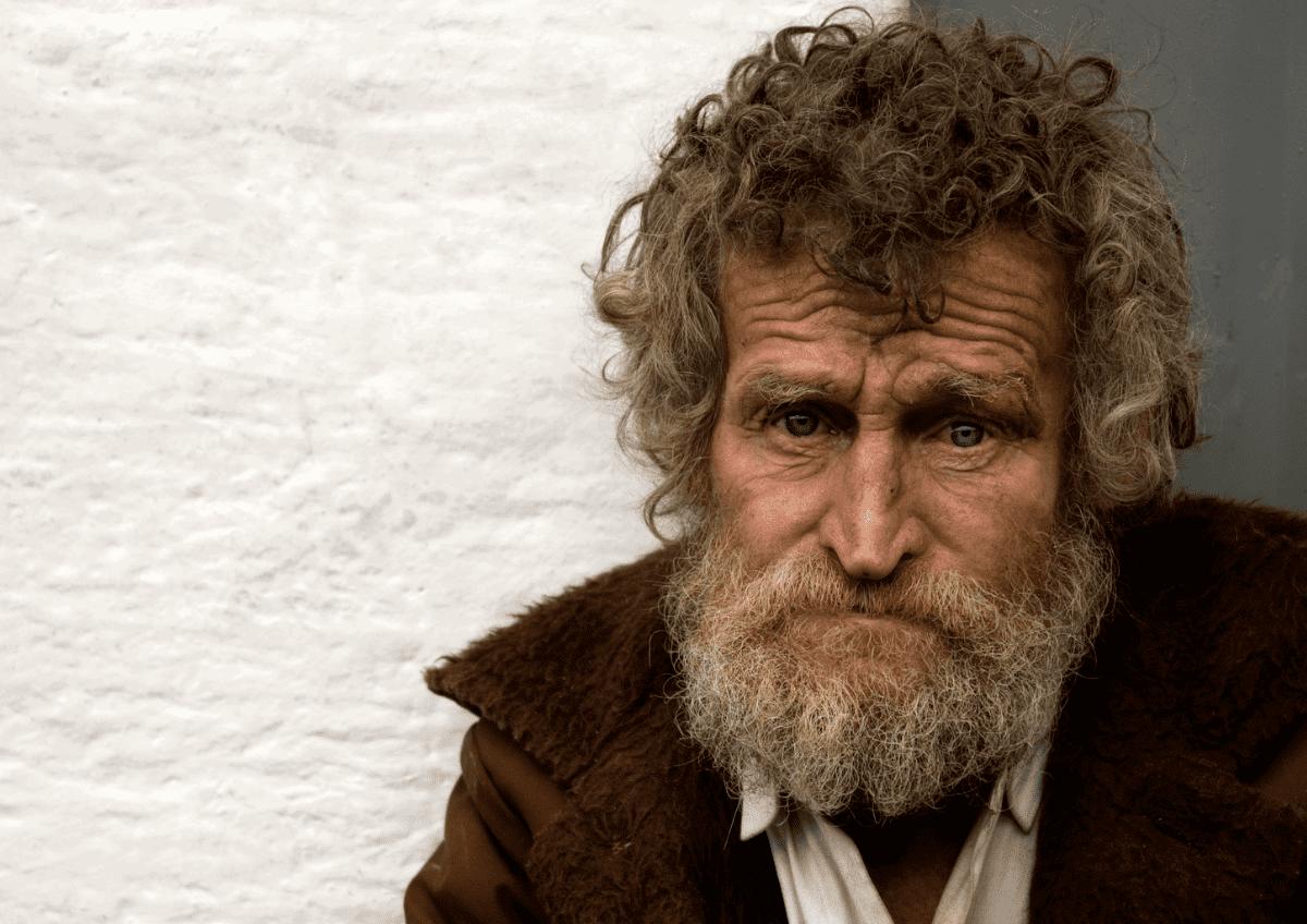 Canon EF 50mm f/1.8 STM in der Streetfotografie: Kopf eines älteren Mannes